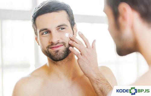 Perawatan Wajah Pria yang Bisa Dilakukan Sendiri