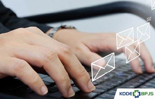 Kirim Pesan lewat Email