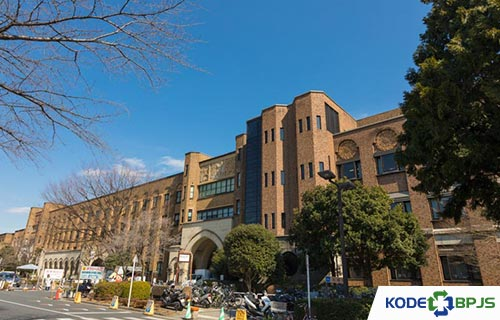 11. The University of Tokyo Hospital Jepang