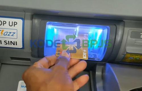 1. Masukkan Kartu ATM